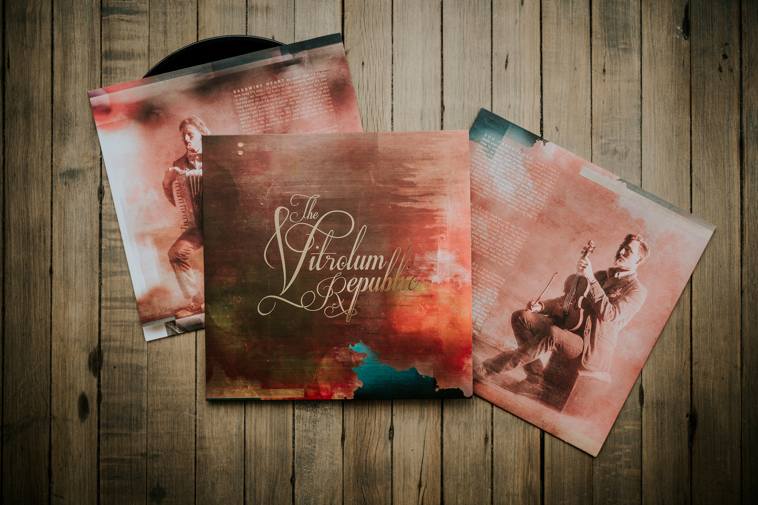 Vitrolum_Vinyl_Photo_web